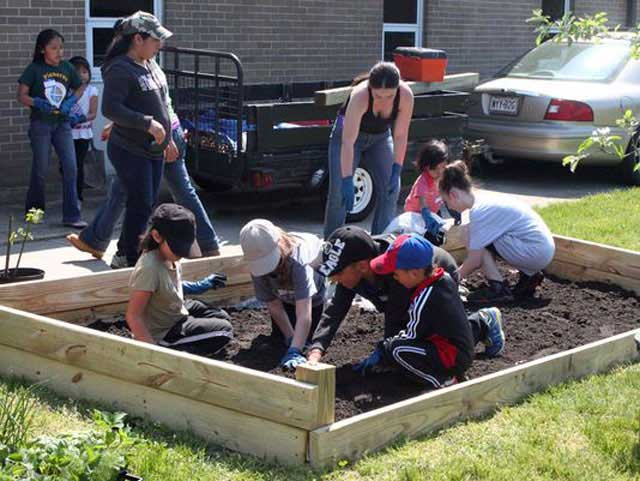 Indian Avenue School garden to benefit whole community