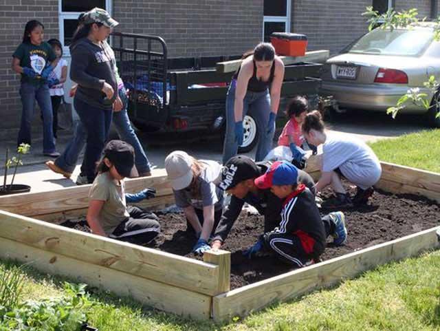 Indian Avenue School garden to benefit whole community